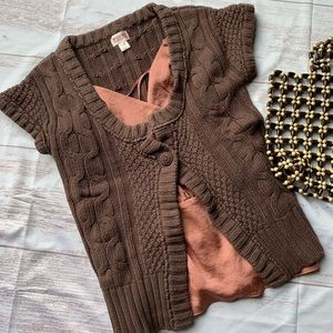 MOSSIMO CARDIGAN KNIT SHORT SLEEVE SWEATER BROWN